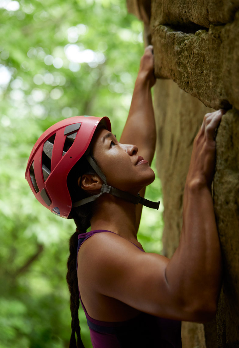 ADVERTISING_REGINA_GARCIA_Capital_CLIMBING_2234-WEB